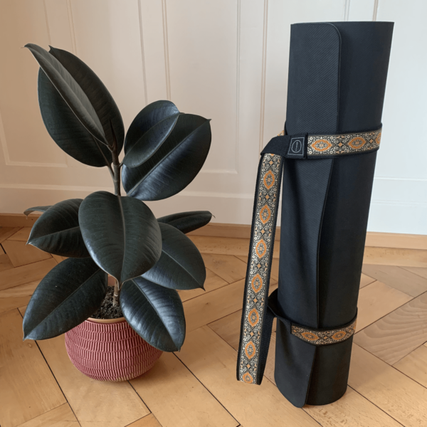 Attached Yoga Strap Tadasana